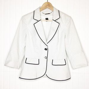 White House | Black Market / Striped Blazer